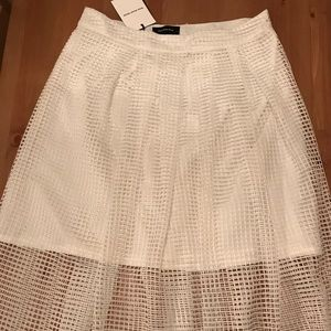 Who What Wear white feather mesh skirt