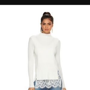Jennifer Lopez Withe sweater with Lace size small