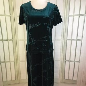 Emerald Green Velvet Evening Holiday Floral Dress