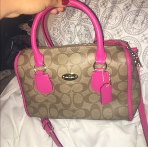 COACH NEW CONDITION BAG LEATHER
