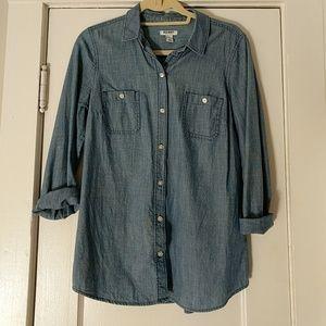 Classic Cotton Chambray Buttondown Shirt