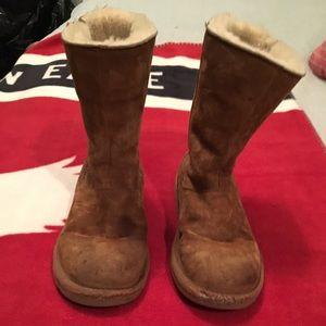 Ugh kids boots