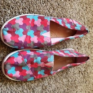Tom's women's shoes. Size 8. Colorful. Youth 5.5