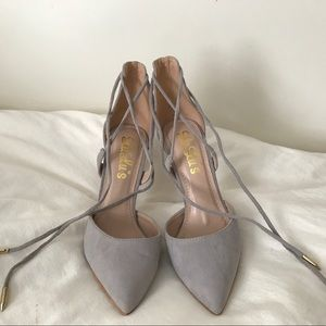 Adorable grey sued heels with lace up strings