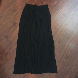 Black Maxi Skirt (great condition)