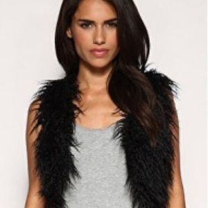 Steve Madden Crop Faux Fur Long Hair Vest