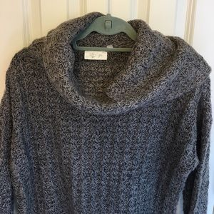 RD style cowl neck sweater size small