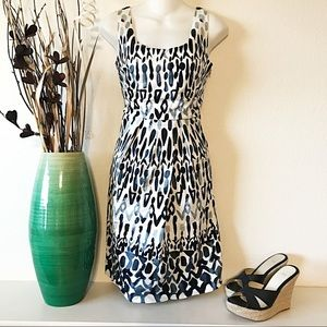 Elie Tahari Blue & White Dress Zip Side