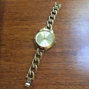 Small link Michael kors watch