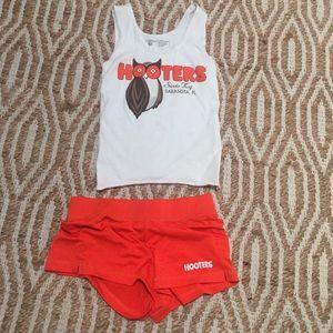 Hooters uniform #2