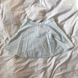 Cute denim skirt size small from forever 21