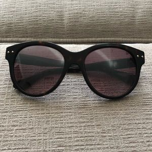 Tortoise shell David Yurman wayfarer sunglasses