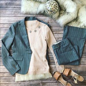 💗Gorgeous BCBGMAXAZRIA suit blazer and pants💗