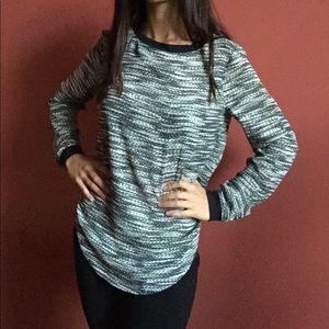 NWOT Lou & Grey silky top - knit print