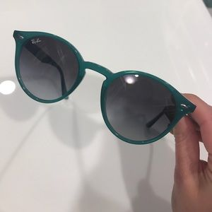 Ray Ban green round sunglasses