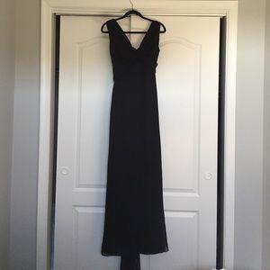 Vera Wang, Long Black Gown Size 6