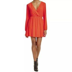NWT MinkPink Orange Crepe VNeck Long Sleeve Dress