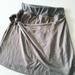 NWOT Simply Noelle drape skirt