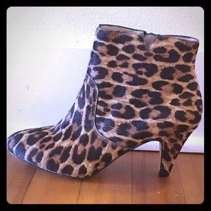 INC Pony Hair Leopard Booties Size 7 1/2 Like New!