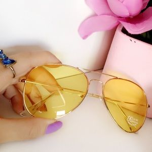 Yellow Sunnies