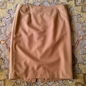 NWOT Relatively Lined Pencil Skirt Camel, Size 6