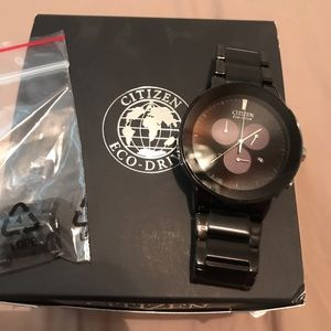 Citizen watch. Original $350 comes with everything