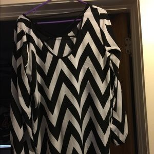 Maurice's Black/White dress top!!