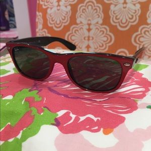 Ray-Ban New Wayfarer Sunglasses, Red