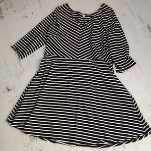 XXL black and white dress