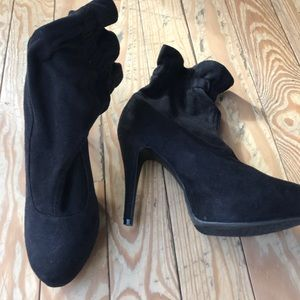 Platform booties perfect for Fall and Winter!