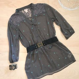 Cinch waist sheer print button blouse with lace