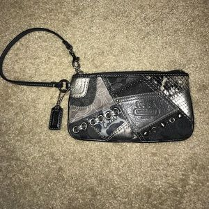 Coach Patchwork Large Wristlet Black And Gray