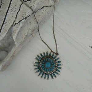 1970s faux turquoise medallion necklace