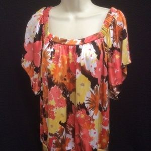 Top by I.N. Studio Large Orange Yellow  Floral