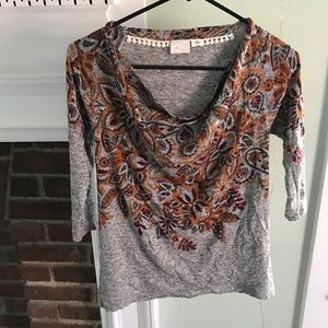 Slinky cowl neck anthropologie 3/4 floral top