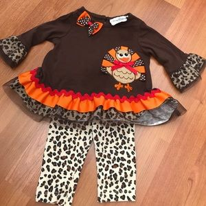 3 Month Thanksgiving Turkey 🦃 Outfit