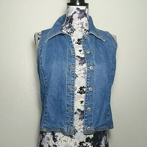 GAP Crop Denim Vest