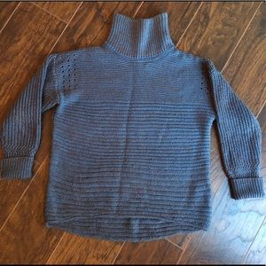High-low sweater. Free add on item!