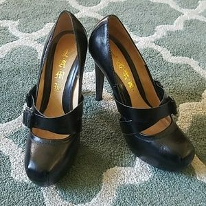 LAMB Black Leather Mary Jane Heels Sz 6 1/2