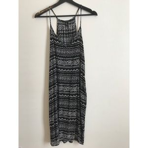 Forever 21 pocket dress with cute tribal print!