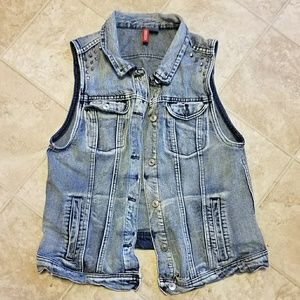 Distressed Grunge Denim Vest