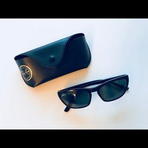 Ray-Ban Cats Black Sunglasses Black
