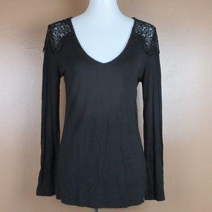 NWOT Long Sleeve Lace Shoulder Black Stretchy Tee
