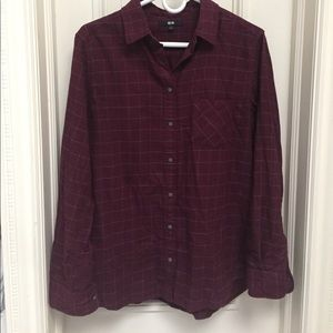 Cozy burgundy flannel shirt with light blue detail