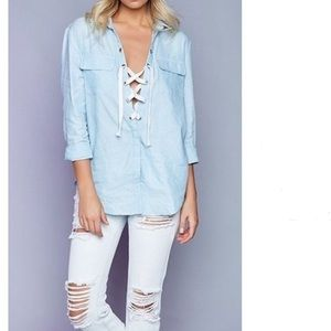 Tops - Lace up oxford