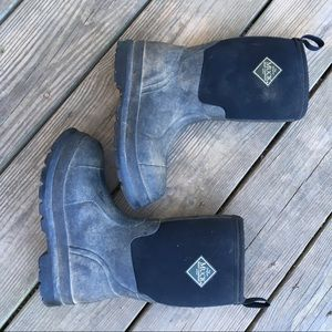 Other - MUCK boots - youth size 2