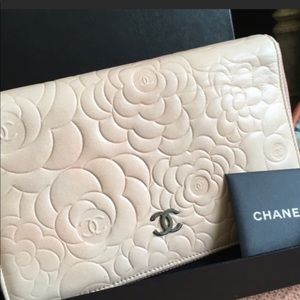 AUTHENTIC CHANEL WALLET 💋🔥GoRGEOUS WALLET 💋💝