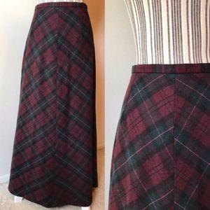 Maxi plaid wool skirt