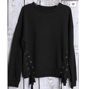 Sweaters - Black Pullover Sweater