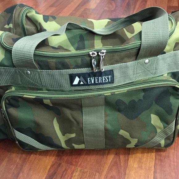 5279324d85c Everest Handbags - Everest • Woodland Camo Duffel Bag